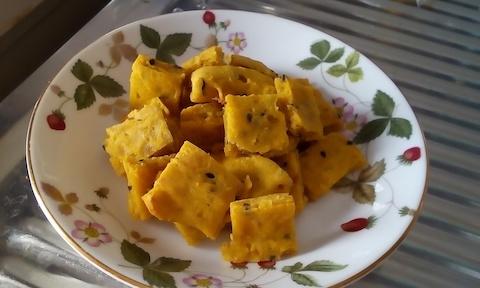 かぼちゃ(パンプキン)と黒ごまの無添加プチケーキのレシピ