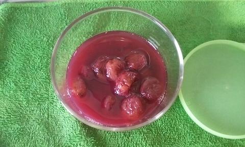 ブドウのコンポート(砂糖無し)!冷凍ぶどうを圧力鍋で煮てみた!